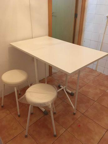 Mesa de Cozinha em Branco