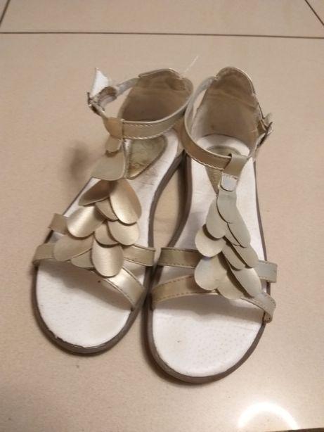 Sandałki, sandały rozm. 30 Reserved