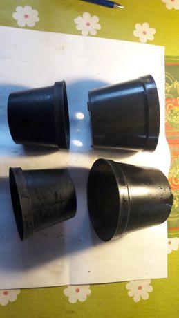 doniczki srednie czarne