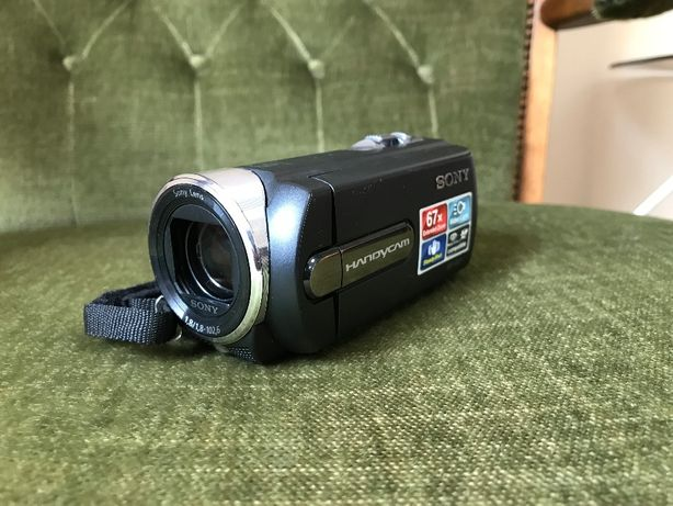 Kamera Sony Handycam DCR-SC21