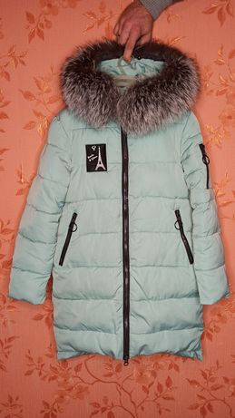 Зимняя куртка на девочку Donilo, рост 140