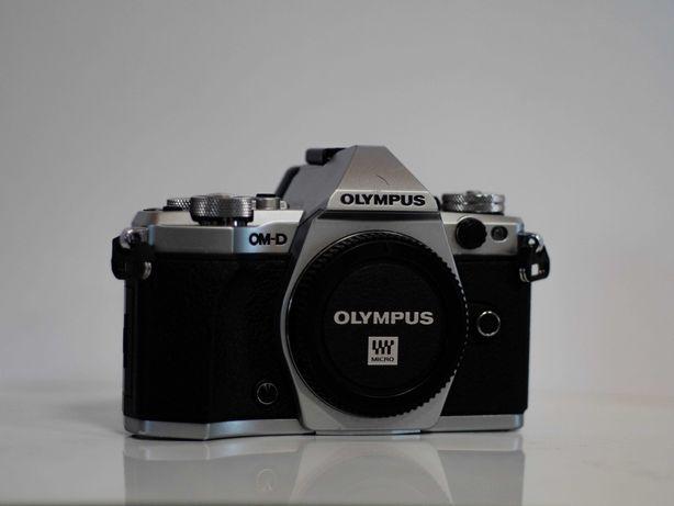 Olympus OM-D E-M5 Mark II aparat bezlusterkowiec lumix micro 4/3 m4/3