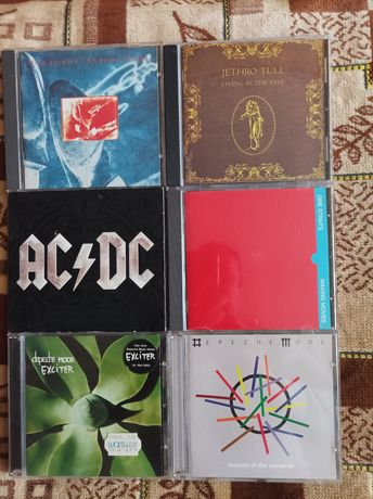 Фирменные компакт диски (CD)