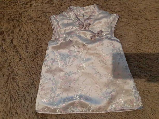 Платье на девочку 2-4 месяца