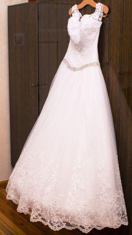 Suknia Ślubna biała tiulowa koronka roz 36 38 księżniczka