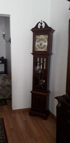 Relógio de pé, cim pêndulo