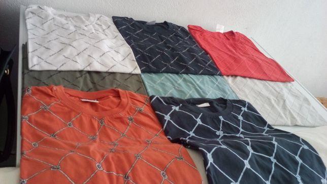 POR ESTREAR - T-shirts e Pólos - c/ padrão e de cores muito discretas