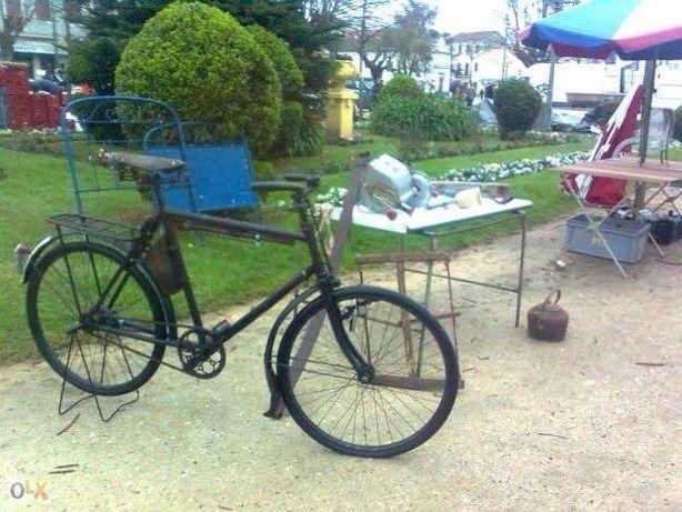 Bicicleta Pasteleira Antiga gendarmaria suiça