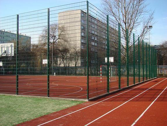 Ограждения для футбольных полей, ограждение для спортивных площадок.
