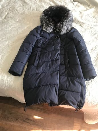 Продам зимнюю куртку холлофайбер