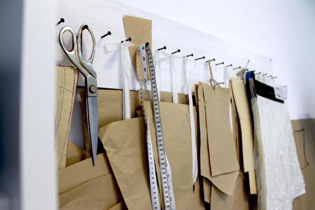 Конструктор одежды, построение лекал в САПР, градация, печать лекал