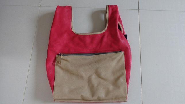 Malinowo-beżowa torba na lato