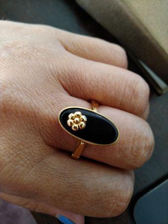 Anel em ouro 19,2 com pedra ónix