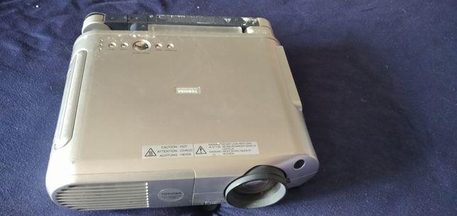 Projektor Toshiba