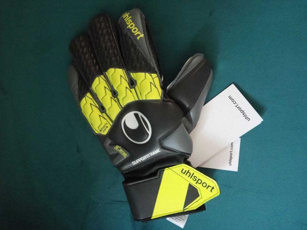 Nowe rękawice bramkarskie firmy Uhlsport Wyprzedaż