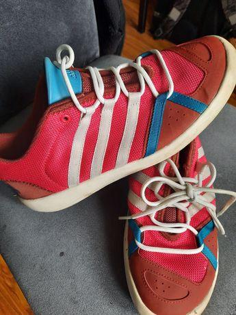Czerwone letnie Adidas rozm 39. Triaxon