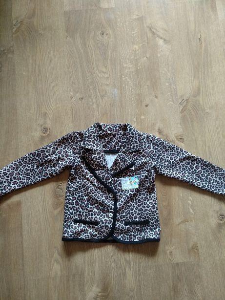 Трикотажный нарядный пиджак на девочку, р. 110-116