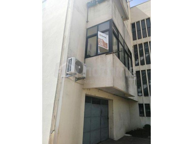 Apartamento T3 em São Cosme Gondomar com 2 lugares de gar...