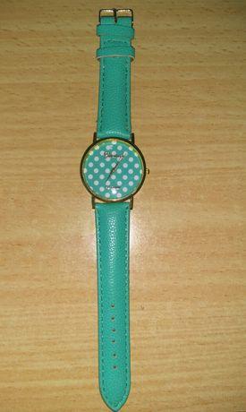 Новые женские наручные часы Genera Platinum. 22 см.