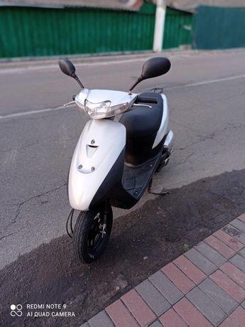 2 скутера suzuki lets2 Honda Dio af62