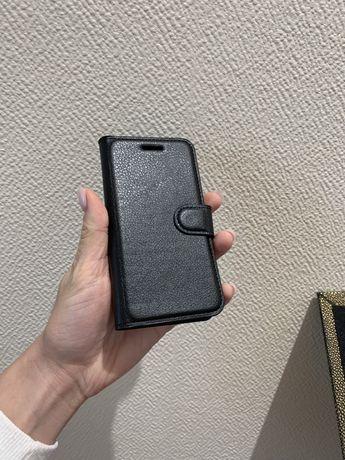 Чехол для Sony XZ1 Compact кожзам черный
