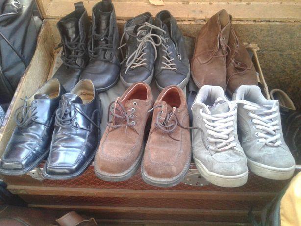 Sapatos tenis botas