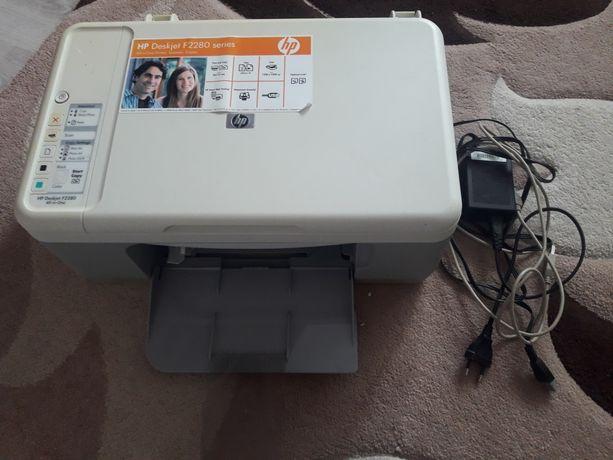 Продам принтер на запчастини HP