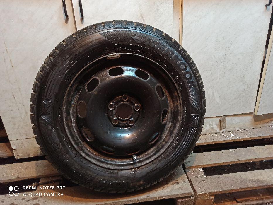 Koło z oponą zima 195/65/15 Hankook Bytom - image 1