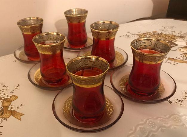АРМУДЫ с блюдцем с позолотой для чаепития ( 6 персон) Турция