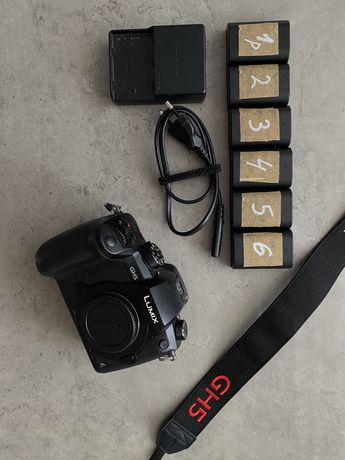 Камера Panasonic Lumix GH5 + VLOG + акумулятори
