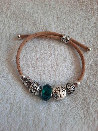 Piękna bransoletka srebrna szmaragd charms zawieszki jak Pandora boho