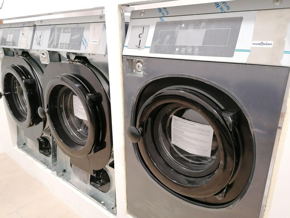 Máquina de lavar roupa industrial Self-service lares e Residências Sacavém E Prior Velho - imagem 1