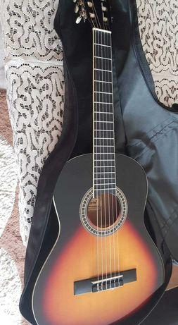 Gitara lekka tylko 3 razy użyta