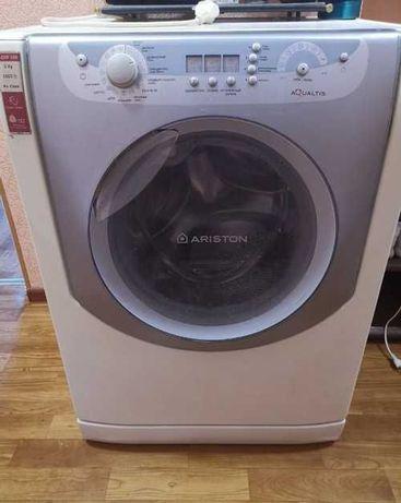 Продам стиральную машнку