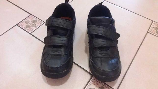 Кроссовки для мальчика 37р