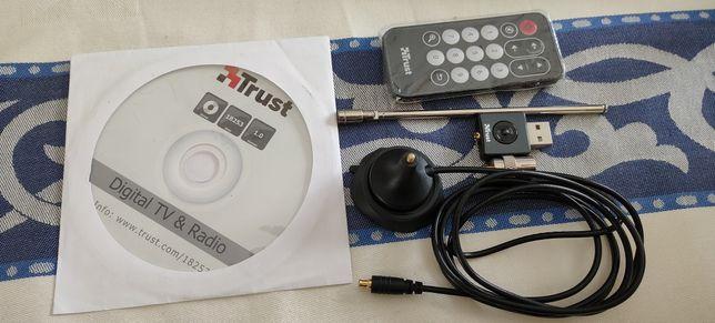 Placa TV e Rádio Trust
