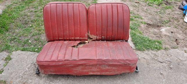 Sprzedam siedzenia kanape MOSKWICZ 407 prl
