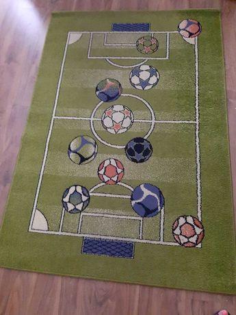 Dywan duży dla chłopca piłka nożna 170x120