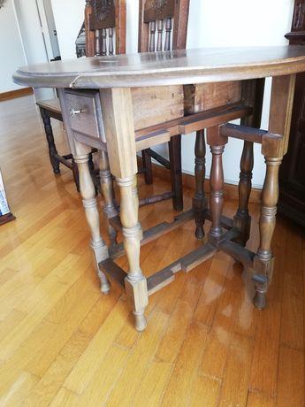 Mesa madeira circular + 2 cadeiras