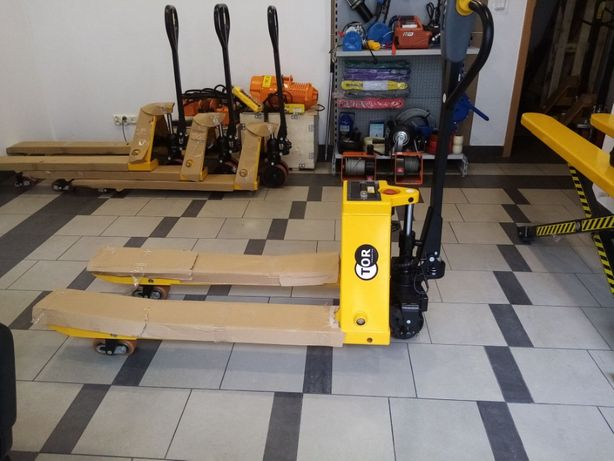 Paleciak, Wózek paletowy elektryczny 1.5T