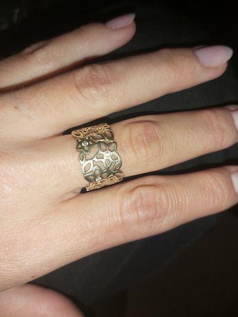 Srebrny pierścionek pokryty złotem 14k