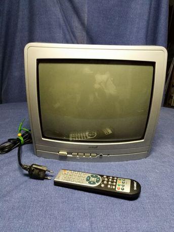 Televisões, uma com DVD.