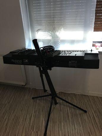 Keyboard Roland G600