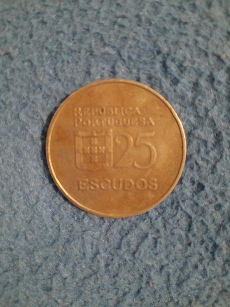 Moeda de 25 escudos de 1984