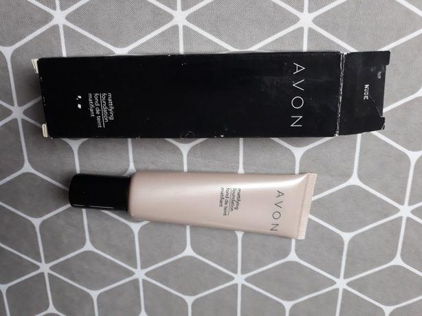 Avon Podkład matujący- mattifying foundation