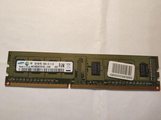 Память Samsung 1Gb PC3-10600