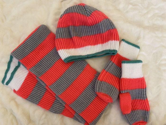 Комплект: шапочка, варежки и шарф для девочки Киев - изображение 1