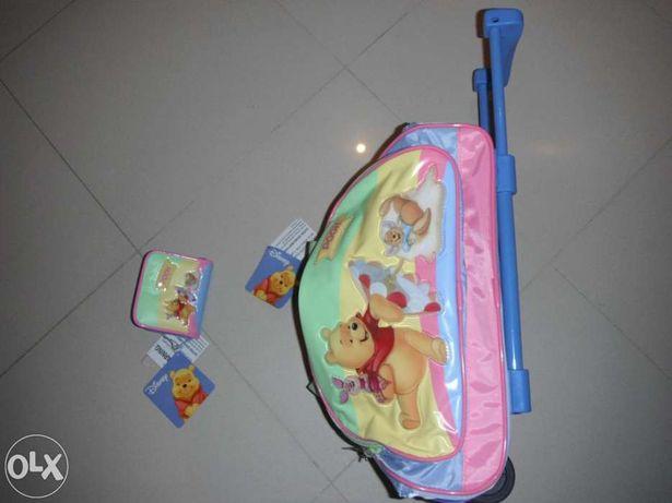 Trolley e carteira do Winnie the Pooh NOVOS