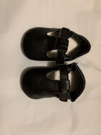 Кожаные сандали/тапочки в отличном состоянии очень мягкие и легкие