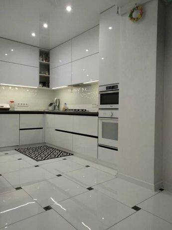 Продаємо 2 кімнатну квартиру вул Богдана Хмельницького новобудова